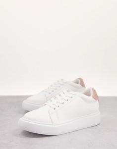 Белые кроссовки на шнуровке с плоской платформой Lipsy-Белый