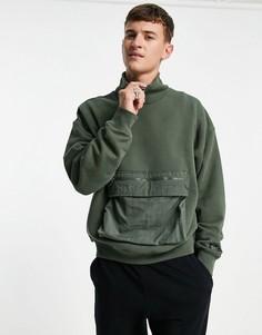 Зеленый свитшот с высоким воротом и карманом-карго Levis-Зеленый цвет