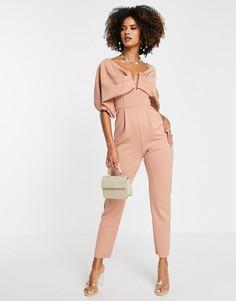 Нежно-розовый комбинезон с открытыми плечами, V-образной вставкой и узкими штанинами ASOS DESIGN-Розовый цвет