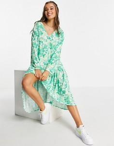 Зеленое платье миди в стиле 70-х с длинными рукавами, V-образным вырезом, оборкой по низу и цветочным принтом ASOS DESIGN-Зеленый цвет
