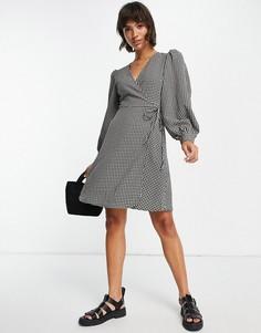 Платье мини в монохромную клетку с запахом и пышными рукавами Selected Femme-Разноцветный