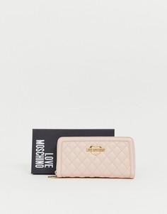 Розовый стеганый кошелек на молнии Love Moschino