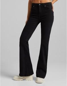 Черные расклешенные джинсы Bershka-Черный цвет
