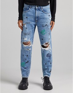 Голубые джинсы прямого кроя с разрывами и граффити Bershka-Голубой