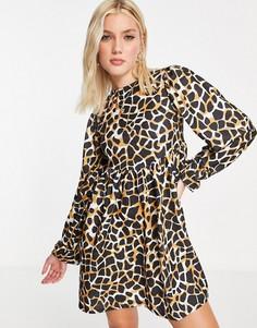 Oversized-платье мини с длинными рукавами, присборенной юбкой и крупным принтом жирафов ASOS DESIGN-Черный цвет