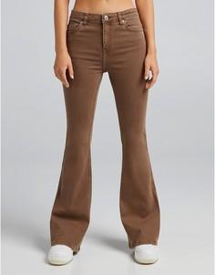 Коричневые расклешенные джинсы Bershka-Коричневый цвет