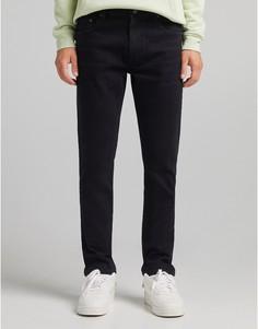 Черные джинсы узкого кроя Bershka-Черный цвет