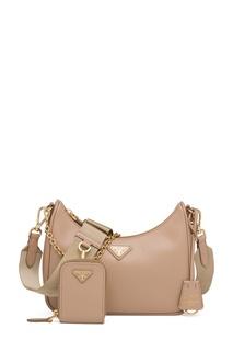 Бежевая сумка с золотистой фурнитурой Prada Re-Edition 2005