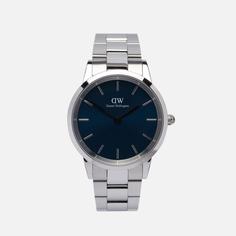 Наручные часы Daniel Wellington Iconic Arctic Large, цвет серебряный