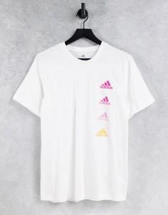 Белая футболка с повторяющимся логотипом adidas-Белый