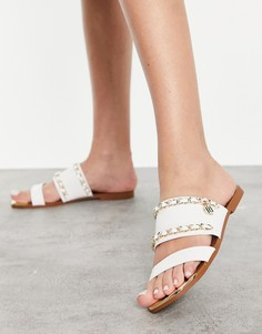 Белые сандалии на плоской подошве с цепочкой и логотипом River Island-Белый