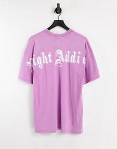 Фиолетовая футболка с эффектом кислотной стирки и принтом логотипа на спинке Night Addict-Фиолетовый цвет