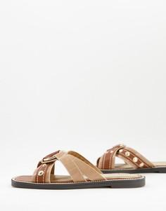 Бежевые сандалии с перекрещенным верхом и металлическим декором River Island-Нейтральный
