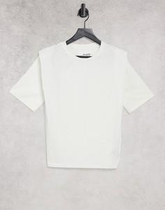 Белая трикотажная футболка с подплечниками Selected-Белый