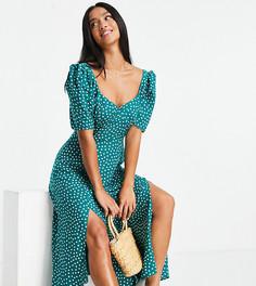 Платье макси с чашечками, разрезами и зелено-белым принтом в горошек ASOS DESIGN Petite-Разноцветный