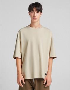 Светло-бежевая футболка в стиле oversized Bershka-Светло-бежевый цвет