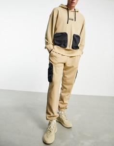 Бежевые джоггеры с карманами на штанинах adidas Originals RYV-Светло-бежевый цвет